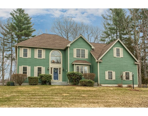 Picture 1 of 5 Starr Circle  Westford Ma  4 Bedroom Single Family