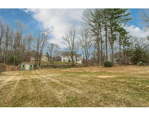Picture 2 of 5 Starr Circle  Westford Ma 4 Bedroom Single Family