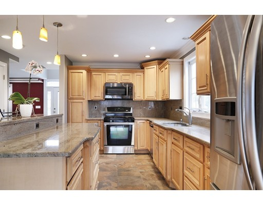 Single Family Home for Sale at 101 Willis Street 101 Willis Street Dartmouth, Massachusetts 02748 United States