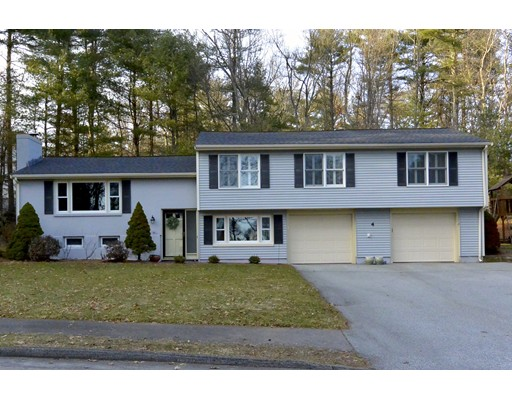 4 Fieldstone Dr, Medfield, MA 02052