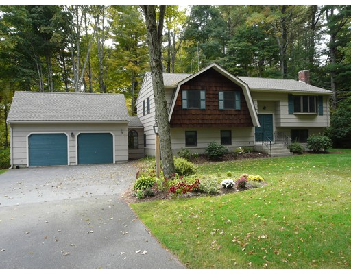 Single Family Home for Sale at 2 Forest Road 2 Forest Road Foxboro, Massachusetts 02035 United States