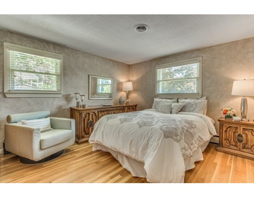 99 Damon Rd, Needham, MA, 02494