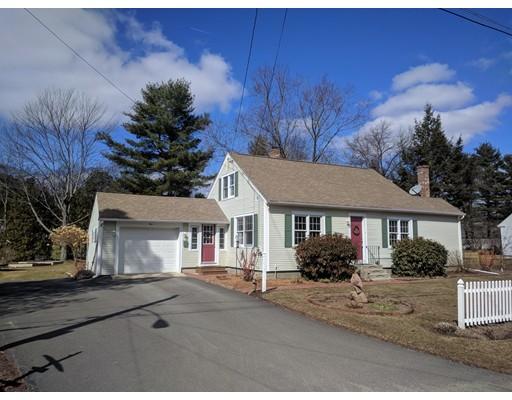 Maison unifamiliale pour l Vente à 1 Wentworth Avenue 1 Wentworth Avenue Montague, Massachusetts 01376 États-Unis