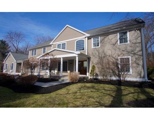 واحد منزل الأسرة للـ Sale في 6 Hilltop Drive 6 Hilltop Drive Wenham, Massachusetts 01984 United States