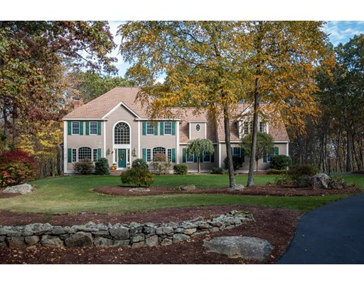 Single Family Home for Sale at 6 Old Harry Road 6 Old Harry Road Southborough, Massachusetts 01772 United States