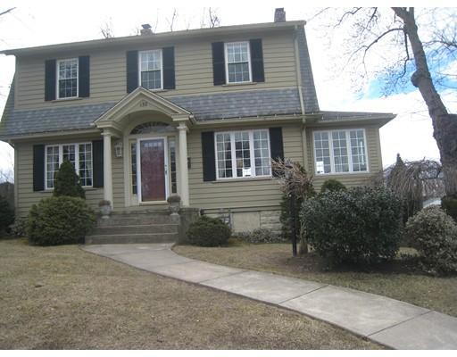 Casa Unifamiliar por un Venta en 138 Saint James Avenue Chicopee, Massachusetts 01020 Estados Unidos