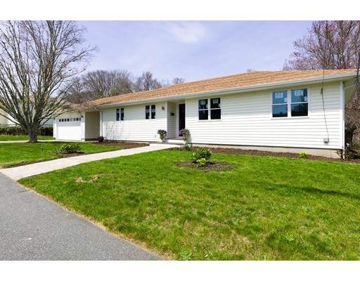 Single Family Home for Sale at 11 Meadow Street 11 Meadow Street Dartmouth, Massachusetts 02748 United States