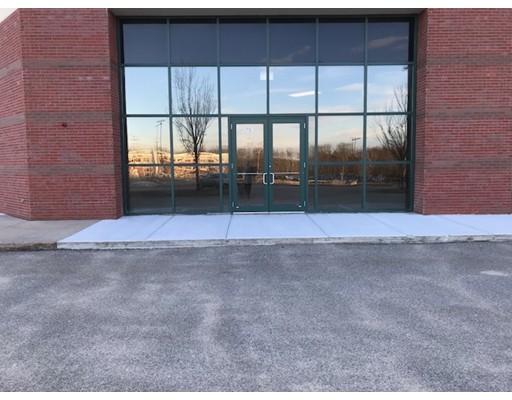 Commercial pour l à louer à 701 Technology Drive 701 Technology Drive Stoughton, Massachusetts 02070 États-Unis