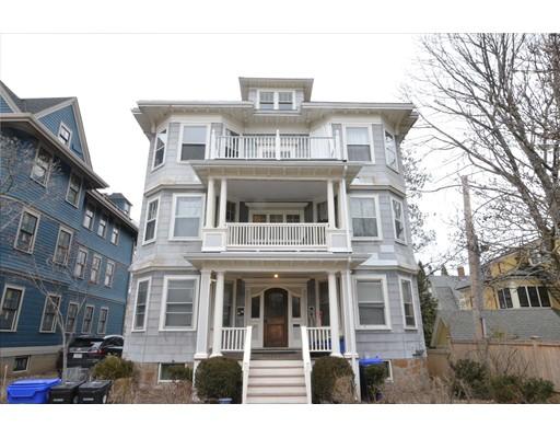 独户住宅 为 出租 在 27 Elm Street 布鲁克莱恩, 马萨诸塞州 02445 美国
