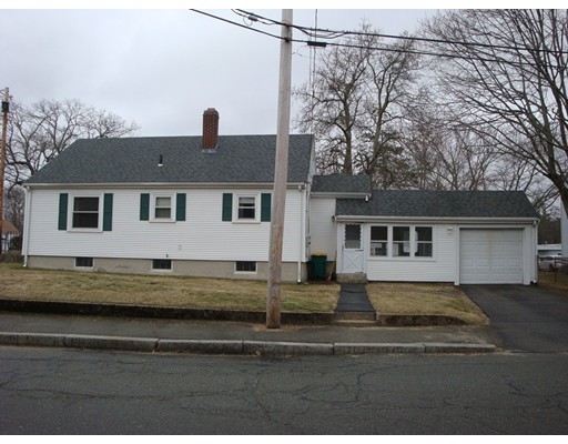 Single Family Home for Sale at 198 Towne Street North Attleboro, Massachusetts 02760 United States
