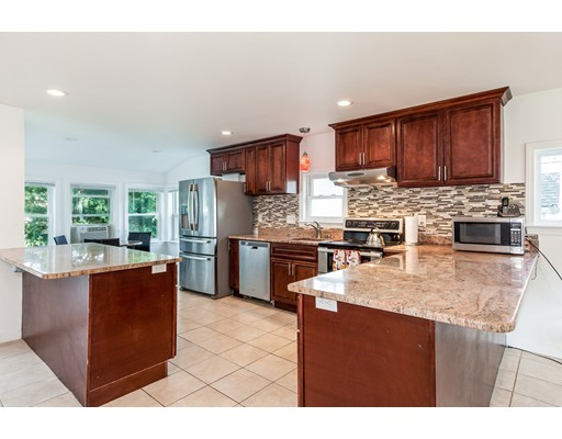 34 Hillview Rd, Westwood, MA, 02090