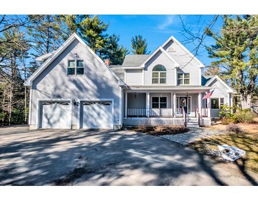 独户住宅 为 销售 在 155 Old Ashby Road 155 Old Ashby Road 艾什本罕, 马萨诸塞州 01430 美国