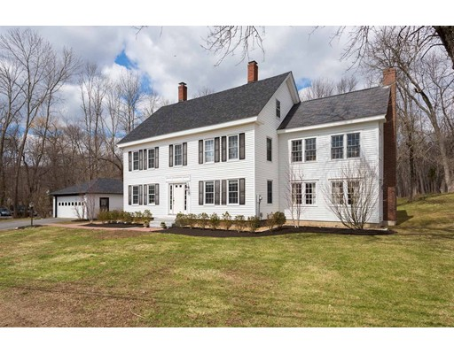 Single Family Home for Sale at 2 Middle Road 2 Middle Road Merrimac, Massachusetts 01860 United States