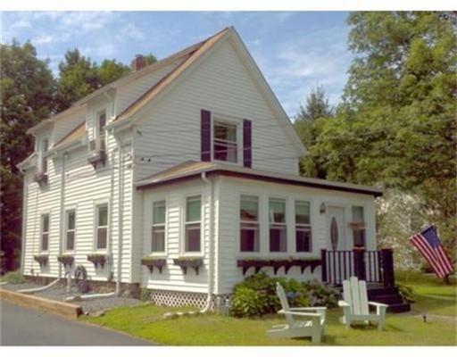 واحد منزل الأسرة للـ Sale في 20 Robbins Avenue 20 Robbins Avenue Abington, Massachusetts 02351 United States