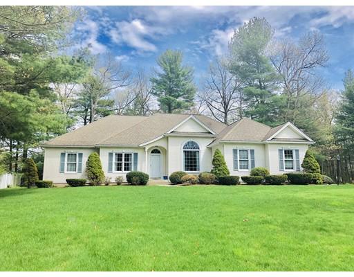 Частный односемейный дом для того Продажа на 166 Millbrook Drive 166 Millbrook Drive East Longmeadow, Массачусетс 01028 Соединенные Штаты