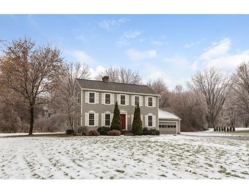 واحد منزل الأسرة للـ Sale في 1568 Massachusetts Avenue 1568 Massachusetts Avenue Lunenburg, Massachusetts 01462 United States