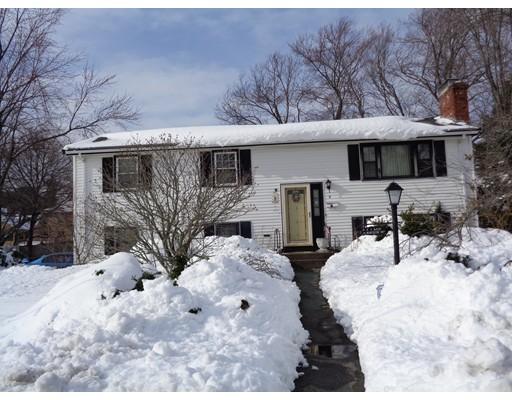 Casa Unifamiliar por un Venta en 8 Worcester Road 8 Worcester Road Peabody, Massachusetts 01960 Estados Unidos