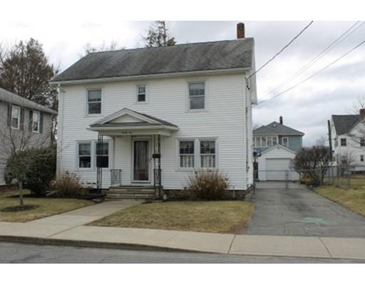 独户住宅 为 销售 在 24 W Glen Street 24 W Glen Street Holyoke, 马萨诸塞州 01040 美国