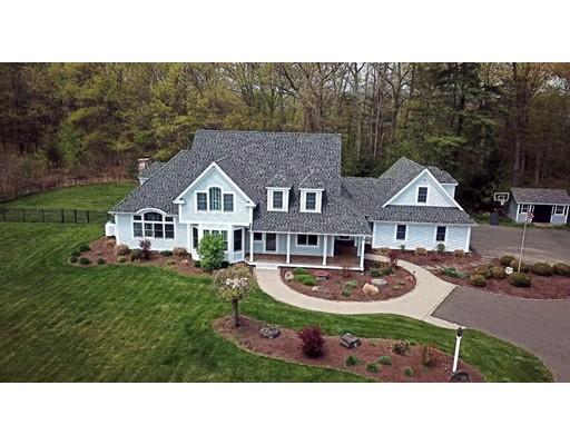 独户住宅 为 销售 在 70 Sovereign Way 70 Sovereign Way Northampton, 马萨诸塞州 01062 美国