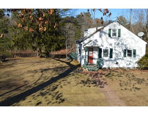 واحد منزل الأسرة للـ Sale في 40 Riverside Drive 40 Riverside Drive Auburn, Massachusetts 01501 United States