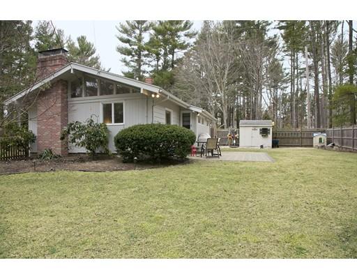 Частный односемейный дом для того Продажа на 87 Puritan Way 87 Puritan Way Duxbury, Массачусетс 02332 Соединенные Штаты