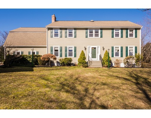 Single Family Home for Sale at 101 COUNTY STREET 101 COUNTY STREET Dover, Massachusetts 02030 United States