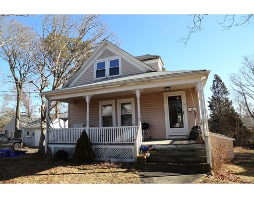 واحد منزل الأسرة للـ Sale في 16 Lafayette Avenue 16 Lafayette Avenue Bourne, Massachusetts 02532 United States