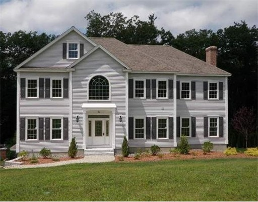 Single Family Home for Sale at 15 Forest Drive 15 Forest Drive Groton, Massachusetts 01450 United States