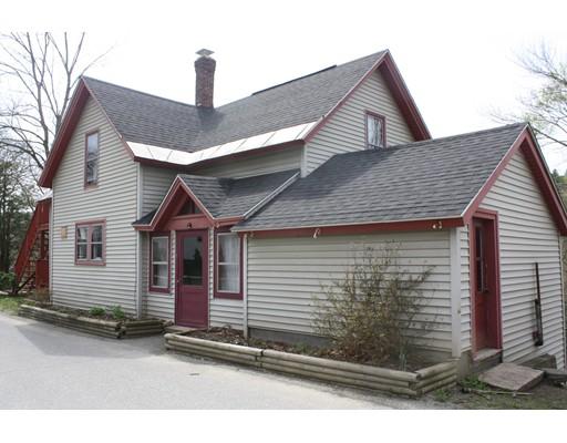 Maison avec plusieurs logements pour l Vente à 5 E Prospect Street 5 E Prospect Street Erving, Massachusetts 01344 États-Unis