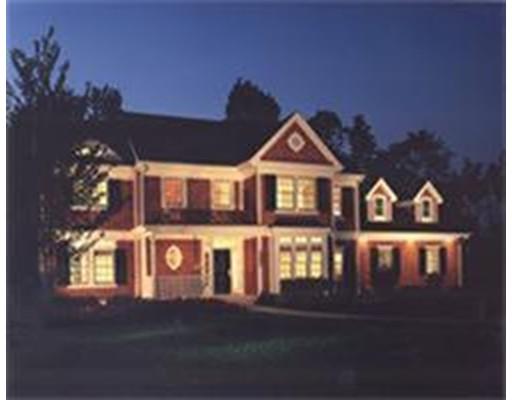Single Family Home for Sale at 32 Castle Rd (Lot 29) 32 Castle Rd (Lot 29) Norfolk, Massachusetts 02056 United States