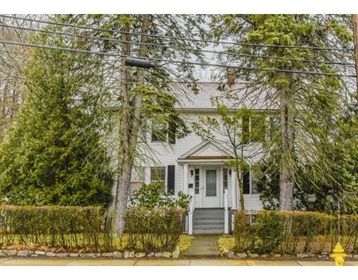 Casa Unifamiliar por un Venta en 446 Cedar Street Dedham, Massachusetts 02026 Estados Unidos