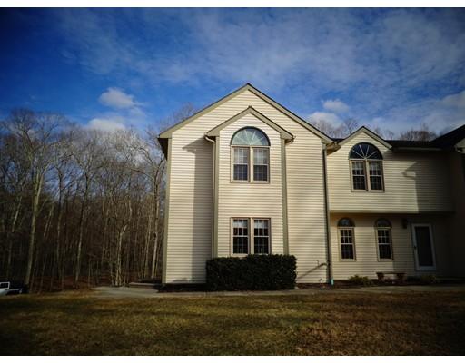共管式独立产权公寓 为 销售 在 5 Oak Hill Estates #5 5 Oak Hill Estates #5 Woodstock, 康涅狄格州 06281 美国