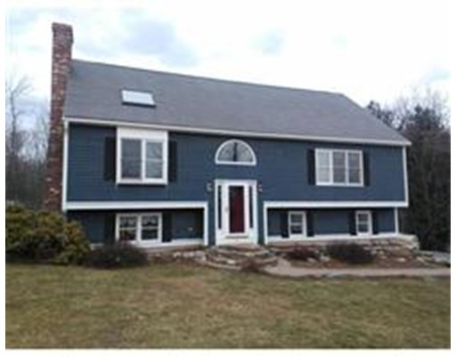 Casa Unifamiliar por un Venta en 15 Kelsey Lane 15 Kelsey Lane Shirley, Massachusetts 01464 Estados Unidos