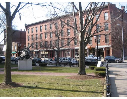 共管式独立产权公寓 为 销售 在 165 Market 165 Market Lowell, 马萨诸塞州 01852 美国