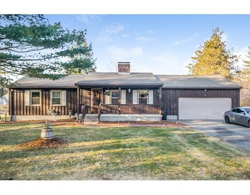 Casa Unifamiliar por un Venta en 15 Harmon Avenue 15 Harmon Avenue East Longmeadow, Massachusetts 01028 Estados Unidos