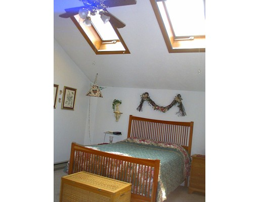 32 Burncoat Ln, Leicester, MA, 01524
