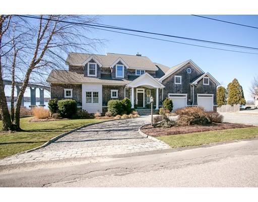 Частный односемейный дом для того Продажа на 121 Seaside Drive 121 Seaside Drive Jamestown, Род-Айленд 02835 Соединенные Штаты