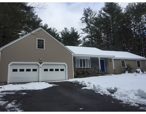 Single Family Home for Sale at 808 Summer Street 808 Summer Street Franklin, Massachusetts 02038 United States