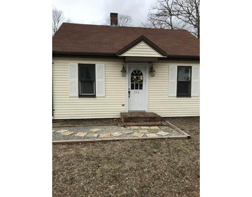 Additional photo for property listing at 563 County Road  Rochester, Massachusetts 02770 United States