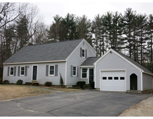 Single Family Home for Sale at 14 Tanglewood Drive 14 Tanglewood Drive Newton, New Hampshire 03858 United States