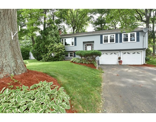 Single Family Home for Sale at 48 Purdue Drive 48 Purdue Drive Milford, Massachusetts 01757 United States
