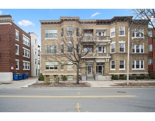 Condominium for Rent at 28 Babcock #2 28 Babcock #2 Brookline, Massachusetts 02446 United States