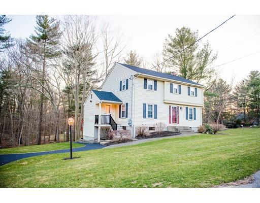 Частный односемейный дом для того Продажа на 131 Russell Lane 131 Russell Lane Abington, Массачусетс 02351 Соединенные Штаты