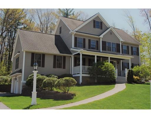 واحد منزل الأسرة للـ Sale في 13 Hillside Drive 13 Hillside Drive Georgetown, Massachusetts 01833 United States