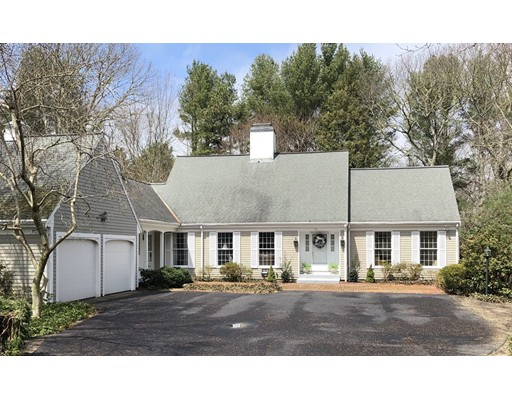 Casa Unifamiliar por un Venta en 10 Fairway Circle 10 Fairway Circle Bourne, Massachusetts 02559 Estados Unidos