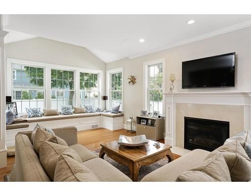 4 MacArthur Rd, Wellesley, MA, 02482