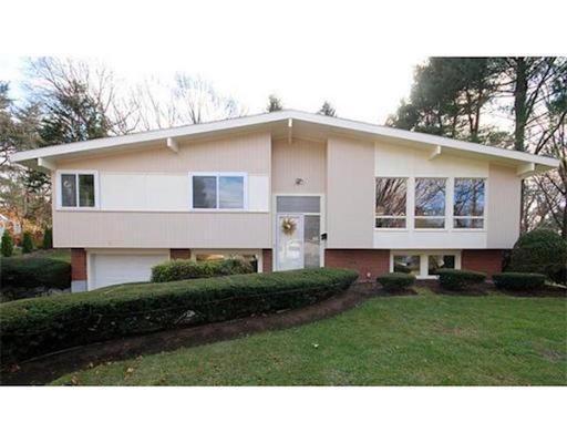 واحد منزل الأسرة للـ Rent في 9 Fox Hill Drive 9 Fox Hill Drive Natick, Massachusetts 01760 United States