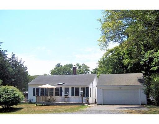 واحد منزل الأسرة للـ Sale في 12 Arlene Road 12 Arlene Road Bourne, Massachusetts 02532 United States