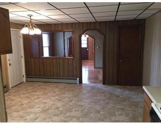 Частный односемейный дом для того Аренда на 68 Cote Avenue 68 Cote Avenue Chicopee, Массачусетс 01020 Соединенные Штаты