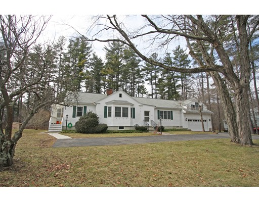 Single Family Home for Sale at 239 South Road 239 South Road Bedford, Massachusetts 01730 United States